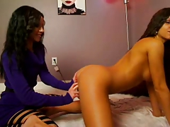 Janessa Brazil and Dawn Avril Web cam lesbian display