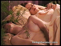 twilightwomen - Insatiable girly-girl  and