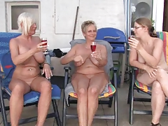 Girl/girl mature and grannies