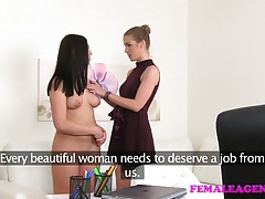 FemaleAgent Luxurious ultra-cutie tonguing for work in  pornography