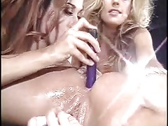 Pornoluver,s mega Girl-on-girl pussyfuck compilation 1!