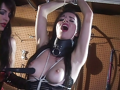 Dominatrix in latex  her victim