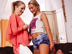 A Lady KNOWS - Sicilia and   in super-naughty lesbo smash
