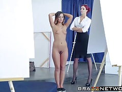 Molten arse model gets involved in girl/girl play with