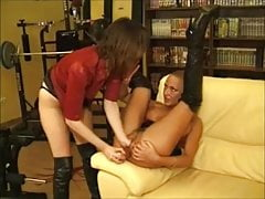 Delfynn Delage, Fisting and Girl-on-girl  with other women 02