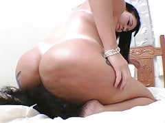Meaty   and Breath Play - Well-known Soraya Carioca